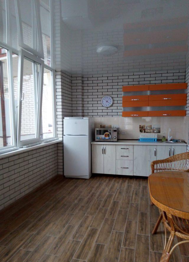 Двухэтажный 6-и местный коттедж «Люкс»1 этаж